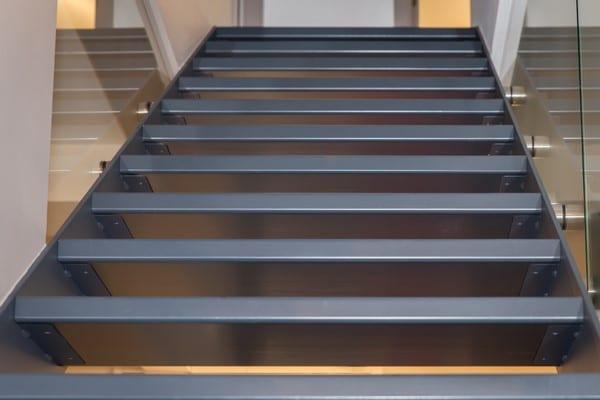Escalier sur mesure Les Z'arsouilles