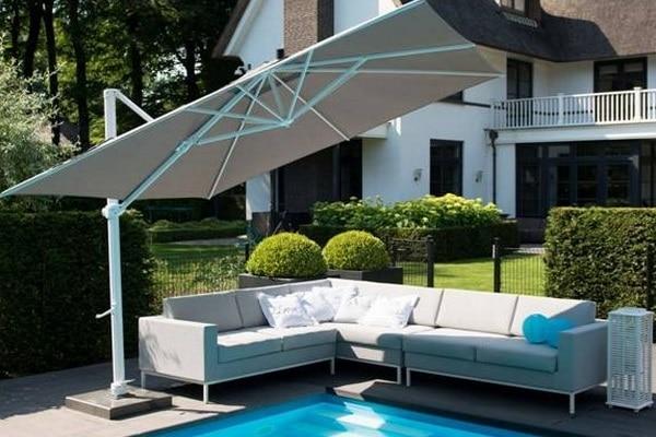 Parasols et mobiliers extérieurs 4 Seasons Outdoor