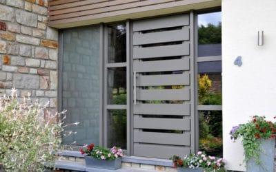Nouveaux châssis de porte et de fenêtre chez Françoise Solheid Pédicure