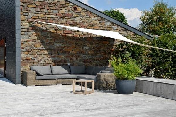 Terrasse en bois et aménagements extérieurs