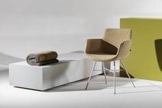 Chaise + meuble Joli à Malmedy - Alain Rosen