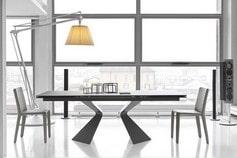Tables des plus grandes marques en exposition chez Alain Rosen