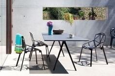 Table et chaises structurées Magis