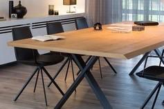 Table à manger + chaises - Joli