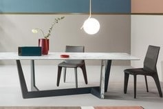 Table + chaises Bonaldo