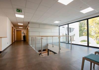 Centre Progesund - Vue intérieure (bardage en panneaux Trespa collés)