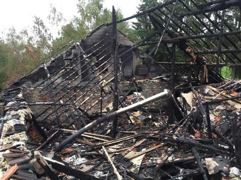 Nouvelle toiture suite à un incendie dans un ancien bâtiment de Malmedy