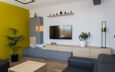 Meuble TV et meuble bar en stratifié décor bois et gris
