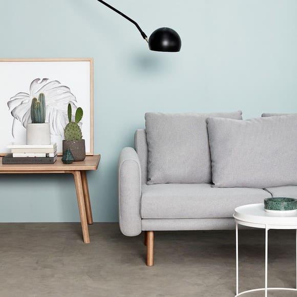 Canapé gris de la marque Hübsch