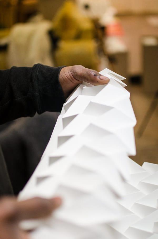 Confection de lampes en forme d'origami