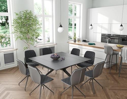 table et chaises noires Akante